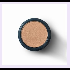 Space Case Eyeshadow Gold Base